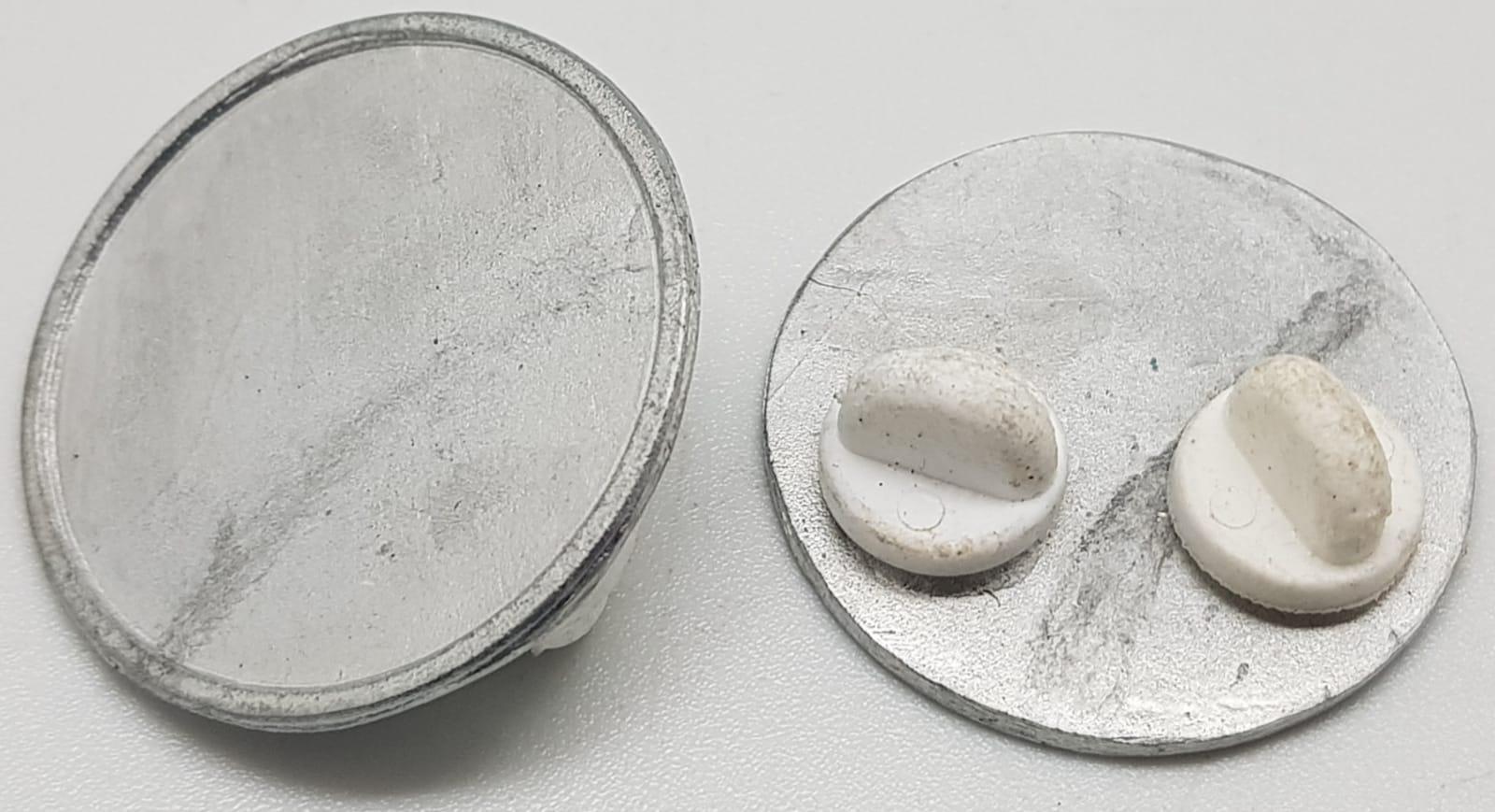 disk-pin-badge